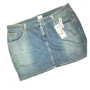 New Levi's Stonewashed Denim Jean Mini Skirt